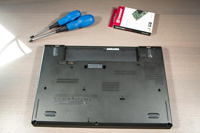 ThinkPad T450s - Underside